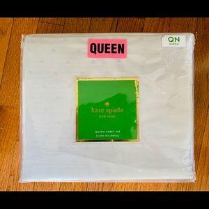New Kate spade Larabee dot queen sheet set